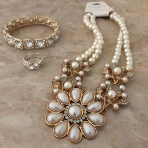 Jewelry - Bridal or Homecoming formal jewelry set